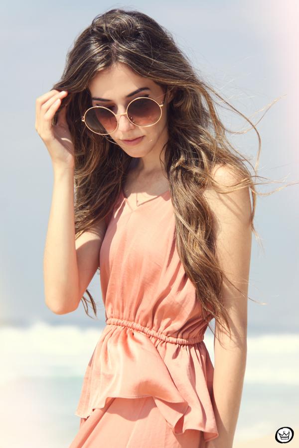 FashionCoolture 05.01.2013 look du jour pink long dress bracelets Kafé rounded sunglasses beach summer Rio de Janeiro (2)