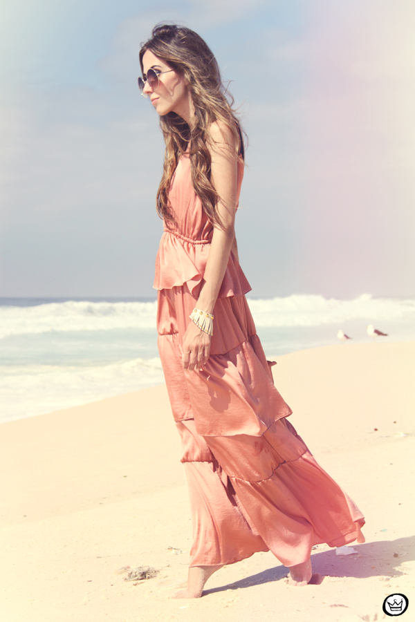 FashionCoolture 05.01.2013 look du jour pink long dress bracelets Kafé rounded sunglasses beach summer Rio de Janeiro (3)