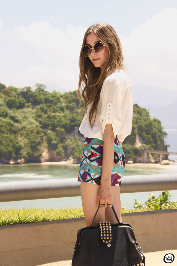 FashionCoolture 06.01.2013 look du jour Rio de Janeiro Labellamafia shirt ethnic pattern hair rounded sunglasses Kafé (8)