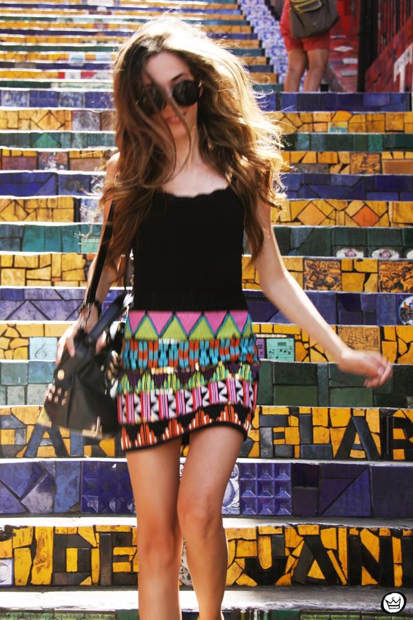 FashionCoolture - 07.01.2013 look du jour ethnic beaded skirt Rio de Janeiro Lapa Selaron hair (4)