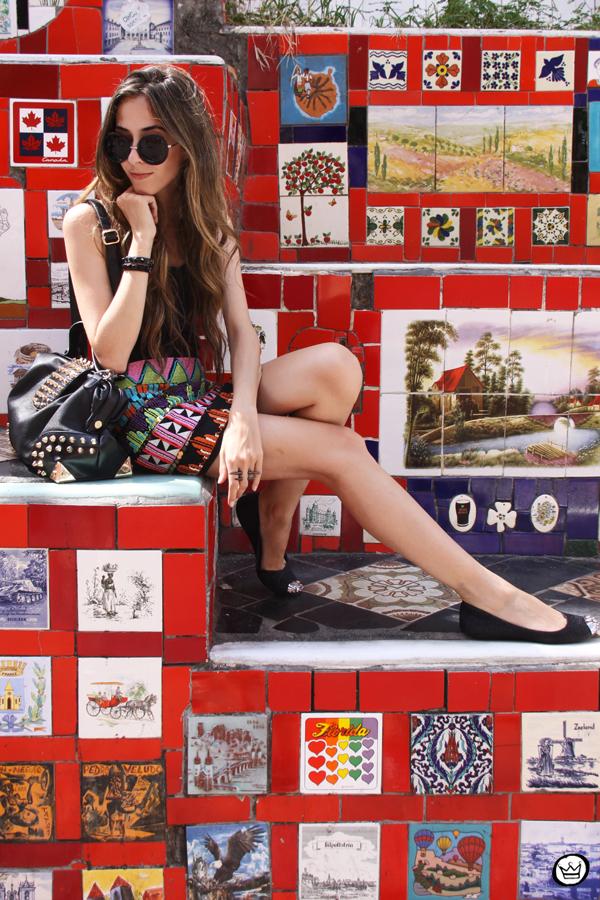 FashionCoolture - 07.01.2013 look du jour ethnic beaded skirt Rio de Janeiro Lapa Selaron hair (8)