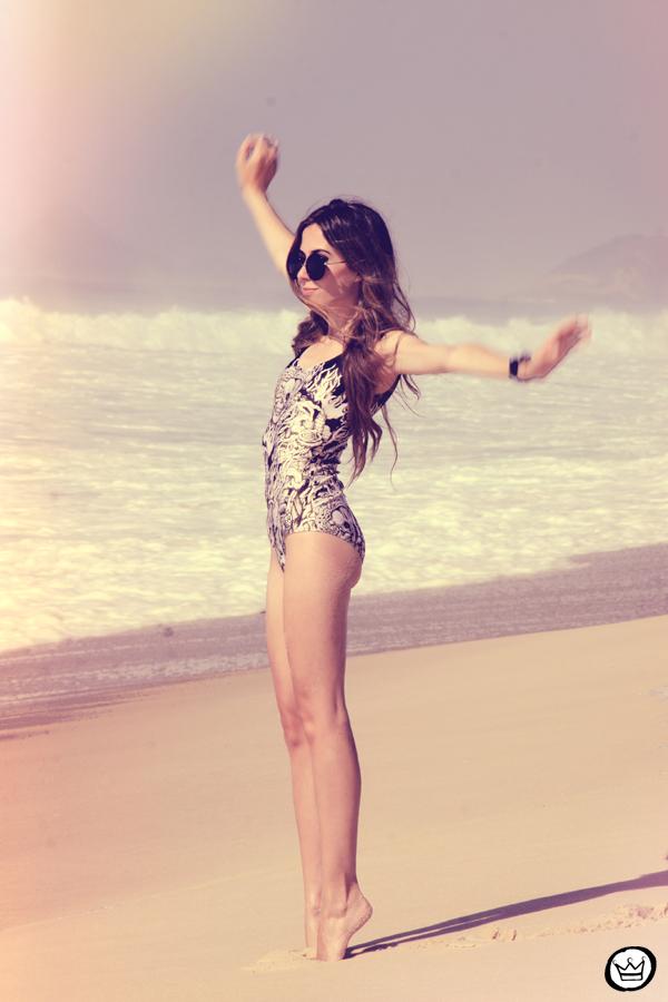 FashionCoolture 10.01.2013 look du jour beach Rio de Janeiro summer swimwear Lovelysally Romwe Kafé (2)