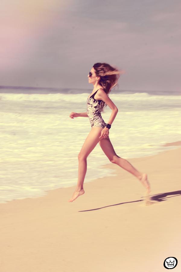 FashionCoolture 10.01.2013 look du jour beach Rio de Janeiro summer swimwear Lovelysally Romwe Kafé (5)
