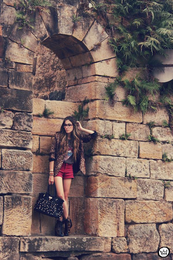 FashionCoolture - 16.01.2012 look du jour Romwe Awwdore Asos Kafé burgundy leopard blazer studded bag (5)