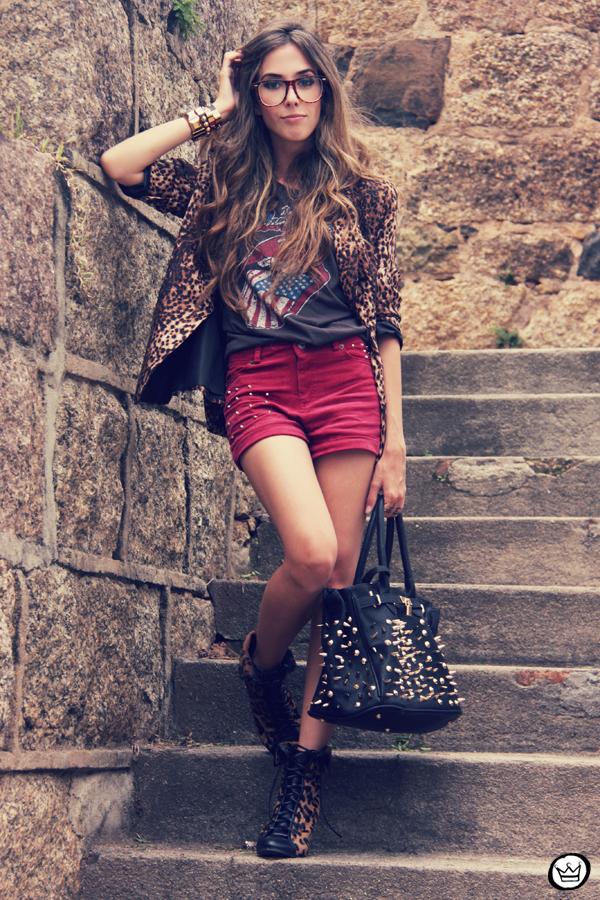 FashionCoolture - 16.01.2012 look du jour Romwe Awwdore Asos Kafé burgundy leopard blazer studded bag (7)
