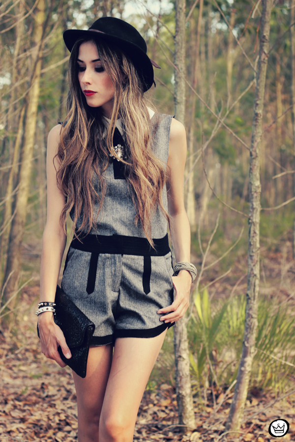 FashionCoolture - 19.01.2013 look du jour Choies suit preppy hat Kafé red lipstick (2)