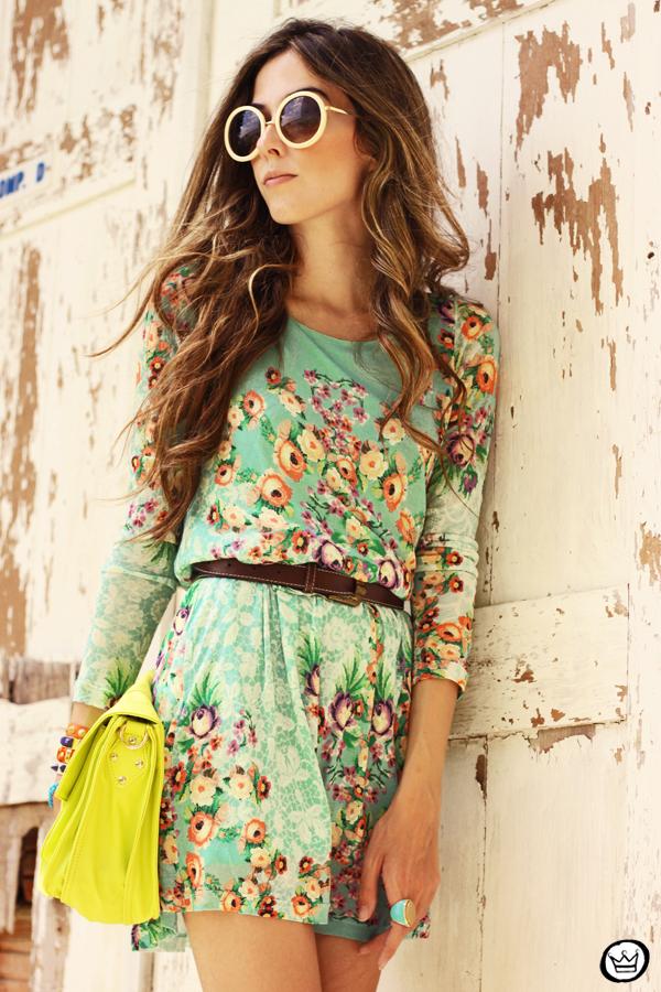 FashionCoolture - 25.01.2013 look du jour Antix dress floral pattern Kafé bracelets Choies (2)