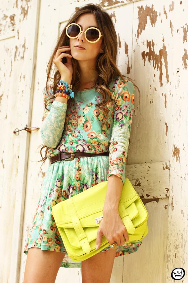 FashionCoolture - 25.01.2013 look du jour Antix dress floral pattern Kafé bracelets Choies (7)