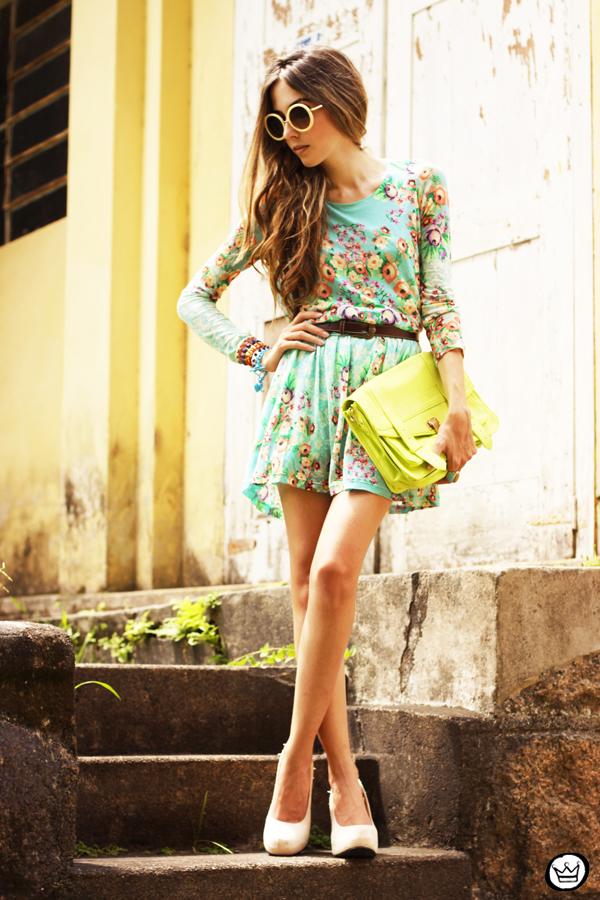 FashionCoolture - 25.01.2013 look du jour Antix dress floral pattern Kafé bracelets Choies (8)