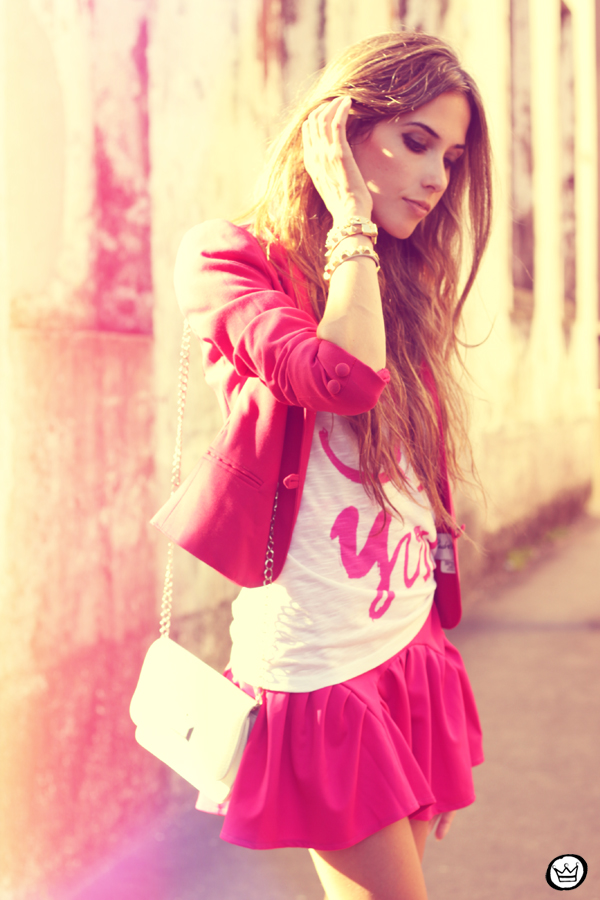 FashionCoolture - 31.01.2013 look du jour pink skirt Romwe Aluska t-shirt Asos Chanel (2)