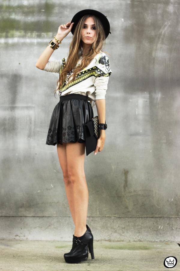 FashionCoolture - 03.02.2013 look du jour Awwdore jumper moletom hat Asos Romwe clutch (4)