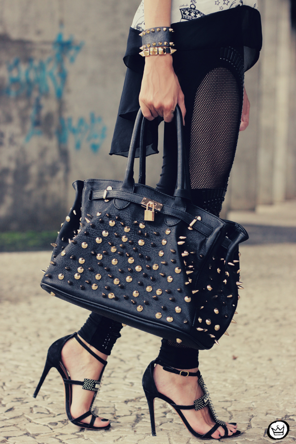 FashionCoolture - 20.02.2013 look du jour Labellamafia skull legging spikes Schutz (5)