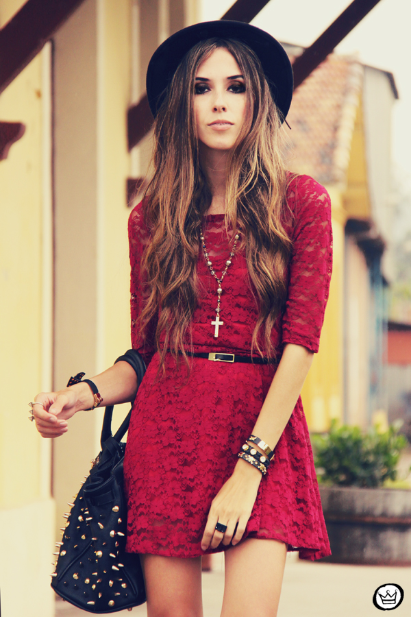 FashionCoolture - 22.02.2013 look du jour SheInside dress lace burgundy (5)