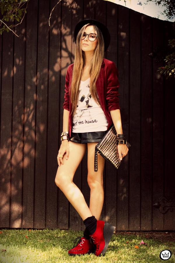 FashionCoolture - 26.02.2013 look du jour Aluska t-shirt velvet blazer renner creepers (1)