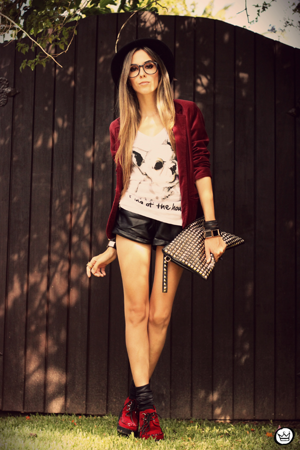 FashionCoolture - 26.02.2013 look du jour Aluska t-shirt velvet blazer renner creepers (5)