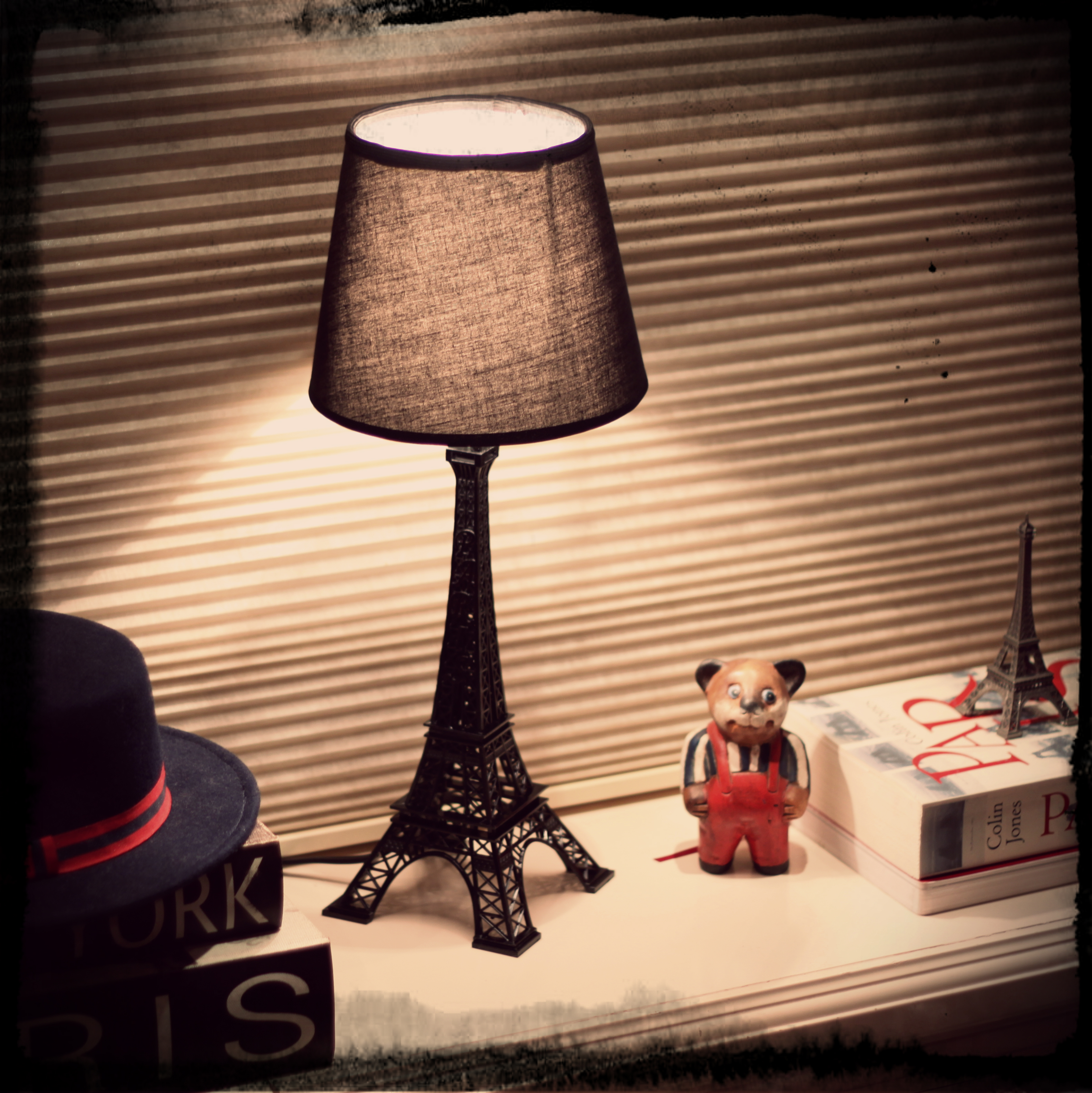 FashionCoolture - Paris Eiffel tower abajour room light