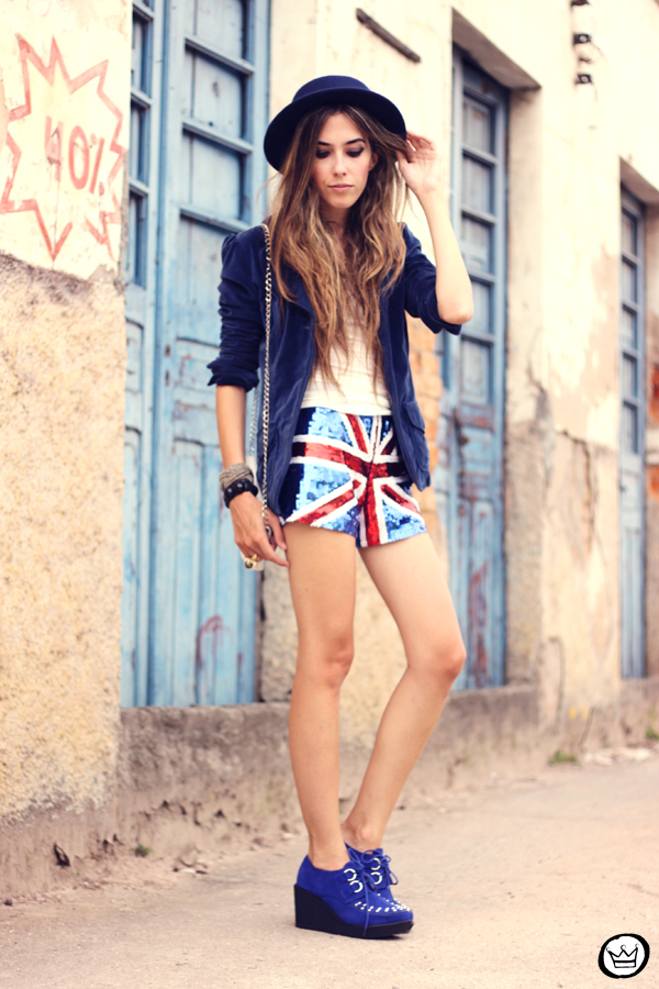 FashionCoolture - 05.03.2013 look du jour union jack uk flag sequins shorts velvet blazer hat creepers (4)