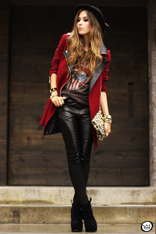 FashionCoolture - 06.03.2013 look du jour Choies burgundy coat leather pants leopard t-shirt rock (1)
