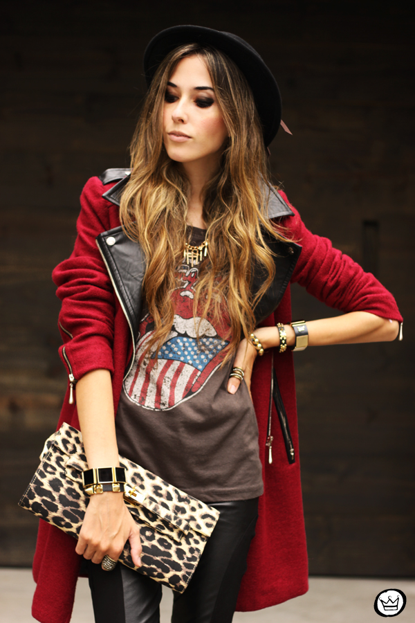 FashionCoolture - 06.03.2013 look du jour Choies burgundy coat leather pants leopard t-shirt rock (2)