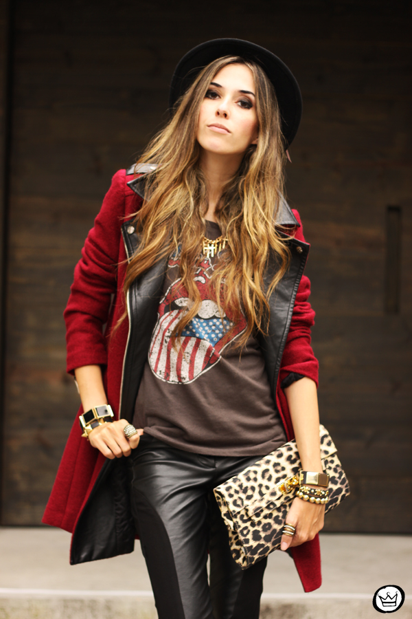 FashionCoolture - 06.03.2013 look du jour Choies burgundy coat leather pants leopard t-shirt rock (7)