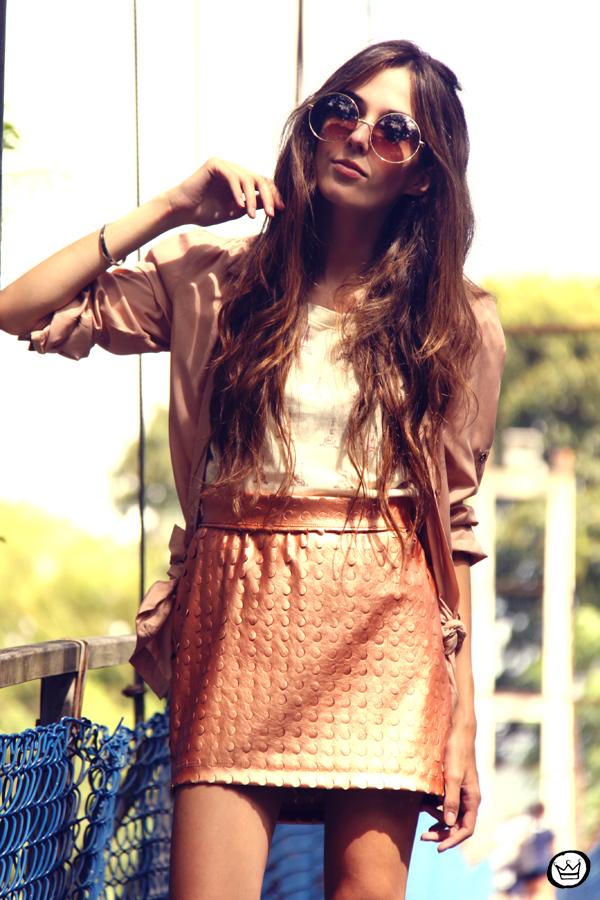 FashionCoolture - 08.03.2013 Farol Shopping liquidação bicolor preto e branco barroco t-shirt paris ysl arezzo promoção (12)