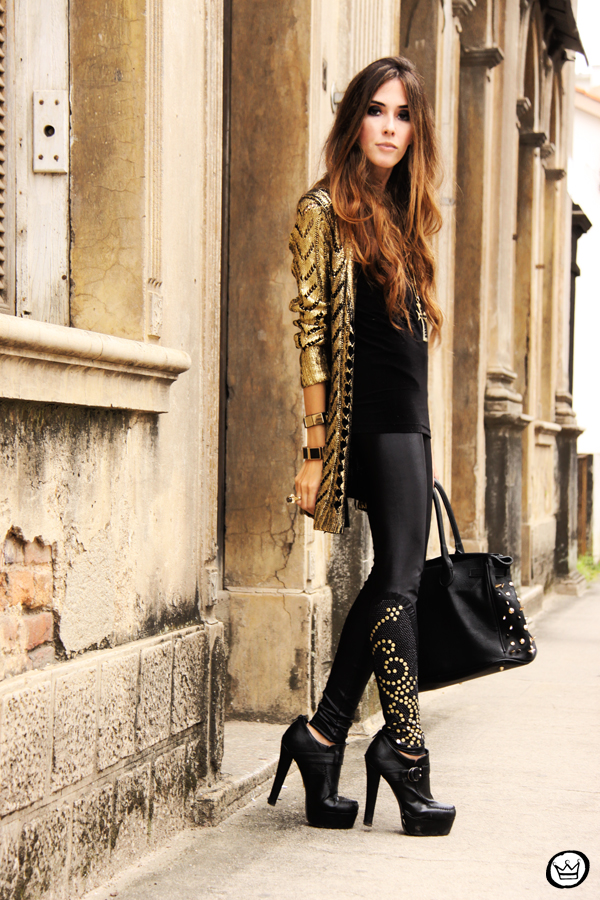 FashionCoolture - 11.03.2013 look dy jour leeging Labellamafia inverno 2013 black gold cardigan Romwe (1)