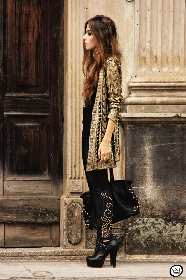 FashionCoolture - 11.03.2013 look dy jour leeging Labellamafia inverno 2013 black gold cardigan Romwe (7)