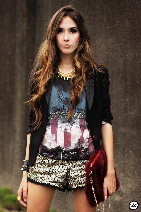 FashionCoolture 13.03.2013 look du jour sequins shorts rocker t-shirt Puloma blazer (2)