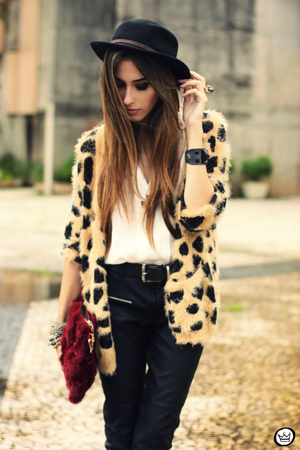 FashionCoolture - 20.03.2013 look du jour Awwdore leopard cardigan leather pants romwe schutz (2)