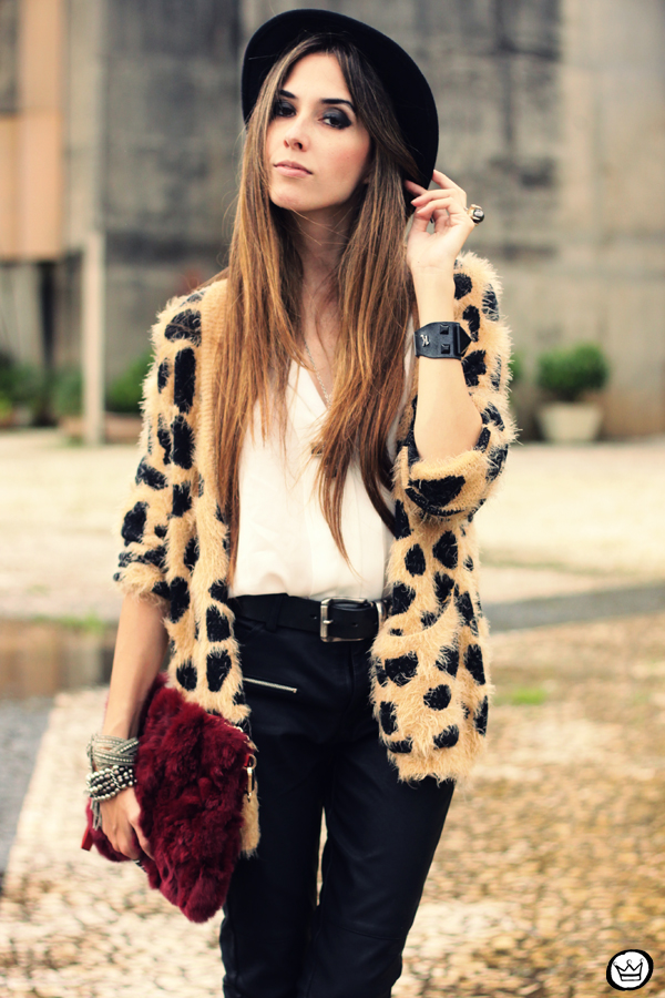 FashionCoolture - 20.03.2013 look du jour Awwdore leopard cardigan leather pants romwe schutz (5)