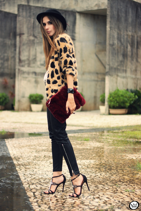 FashionCoolture - 20.03.2013 look du jour Awwdore leopard cardigan leather pants romwe schutz (8)