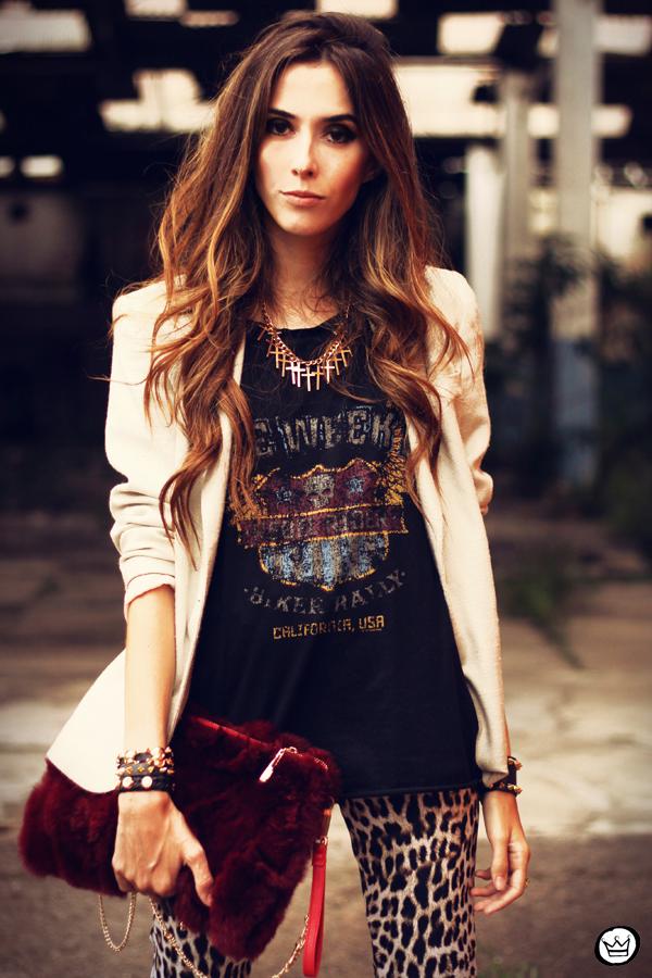 FashionCoolture - 26.03.2013 look du jour Charry leopard pants calça oncinha blazer t-shirt Asos Kafé (2)