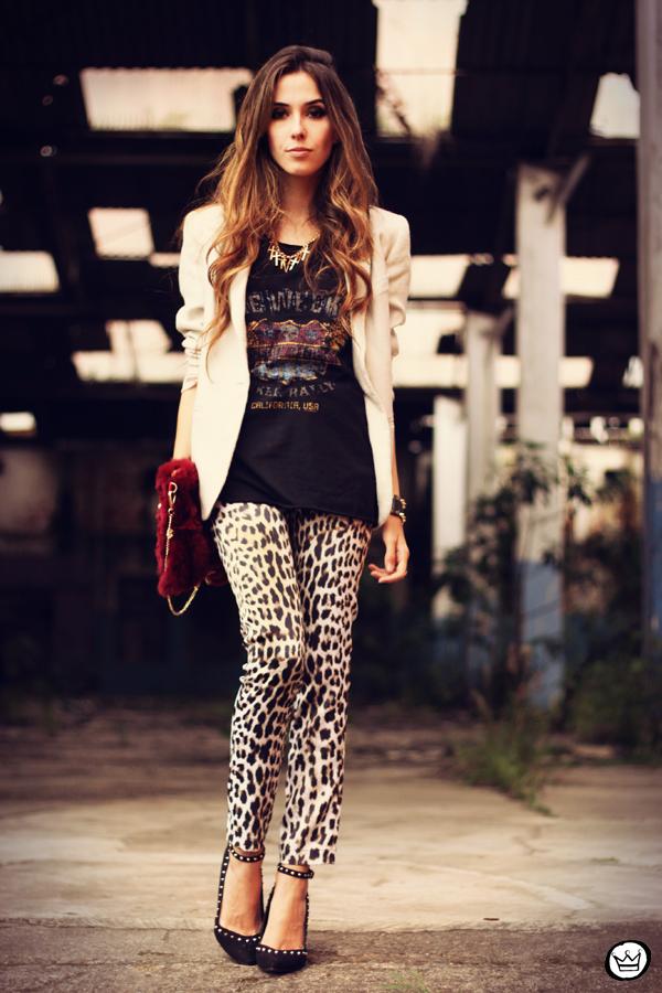 FashionCoolture - 26.03.2013 look du jour Charry leopard pants calça oncinha blazer t-shirt Asos Kafé (8)