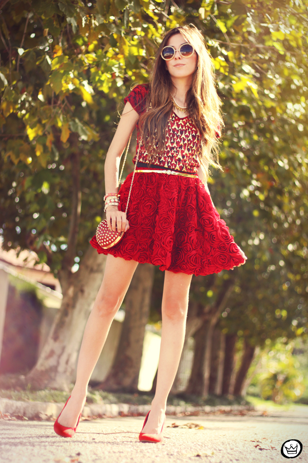 FashionCoolture - 28.03.2013 look du jour red Kodifik Paris t-shirt skirt roses heart bag Romwe (9)