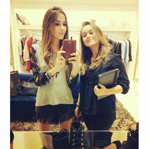 FashionCoolture Instagram photos app shopping