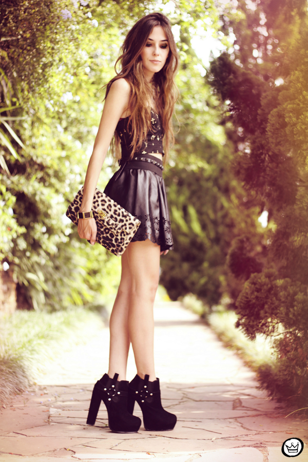 FashionCoolture - 03.04.2013 look du jour leopard crop top skater skirt boohoo kafé (1)