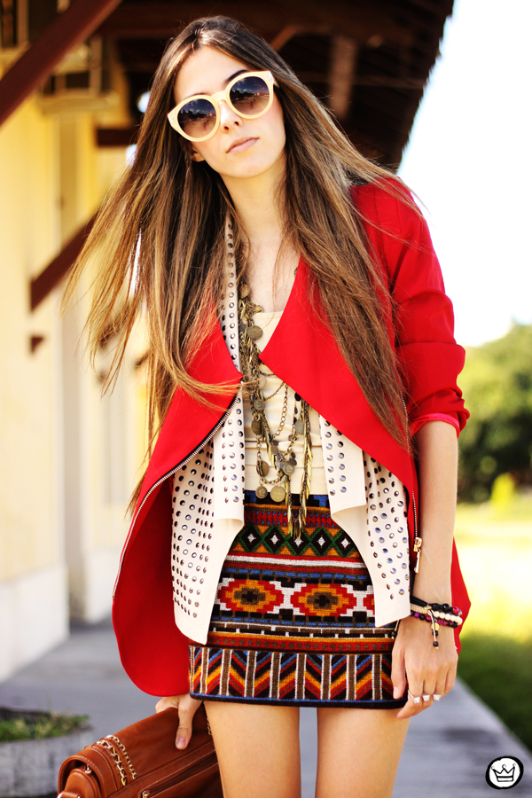 FashionCoolture - 06.04.2013 look du jour Chicwish ethnic blazer red Kafé outfit fashion blogger (2)