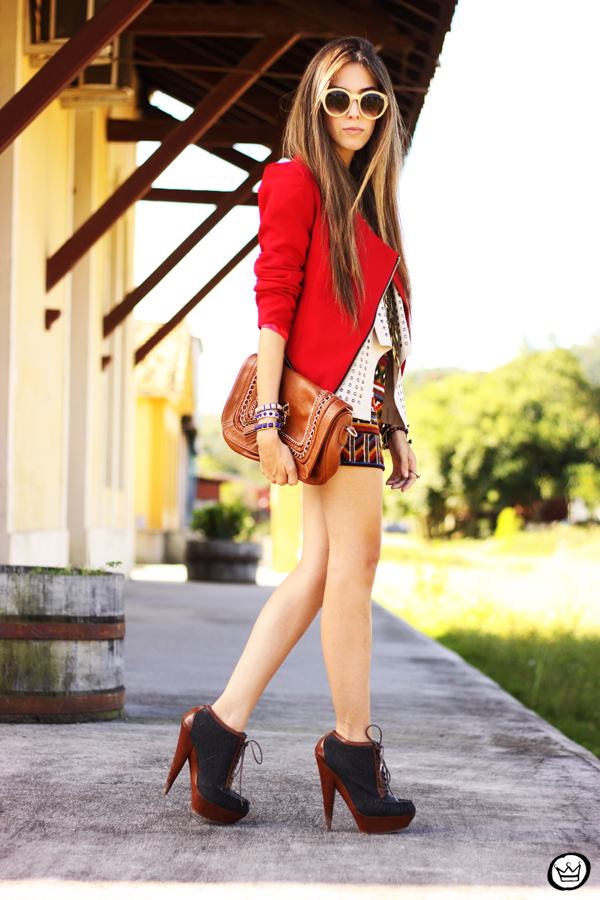 FashionCoolture - 06.04.2013 look du jour Chicwish ethnic blazer red Kafé outfit fashion blogger (5)