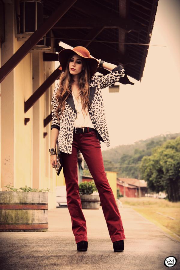 FashionCoolture - 13.04.2013 look du jour Charry blazer leopard calça  Marisa Asos (1 ... beb2da6c728