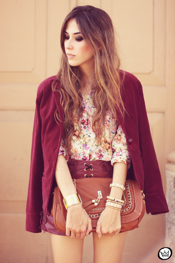 FashionCoolture - 05.05.2013 look du jour burgundy Chicwish Renner floral  (2)