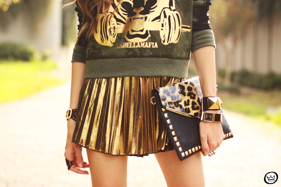 FashionCoolture - 27.05.2013 look du jour Labellamafia pleated golden jumper (3)