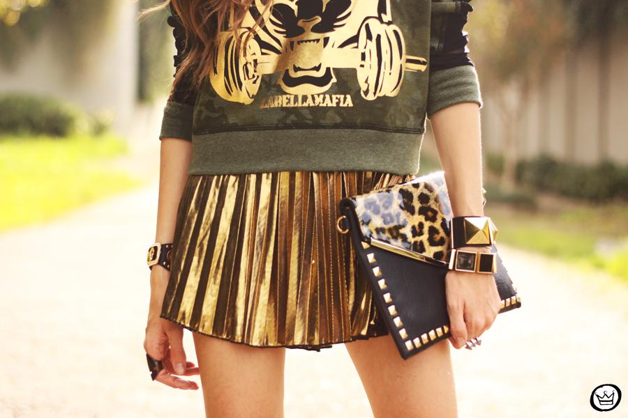 FashionCoolture - 27.05.2013 look du jour Labellamafia pleated golden jumper (3)