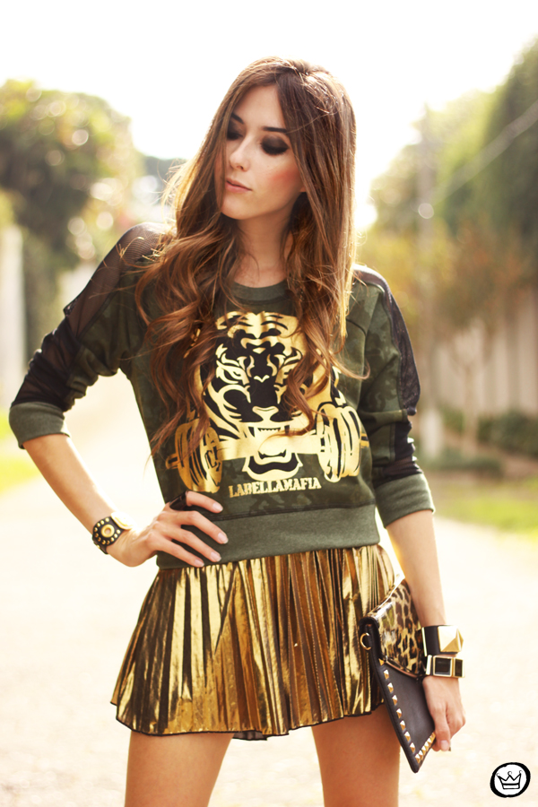 FashionCoolture - 27.05.2013 look du jour Labellamafia pleated golden jumper (5)