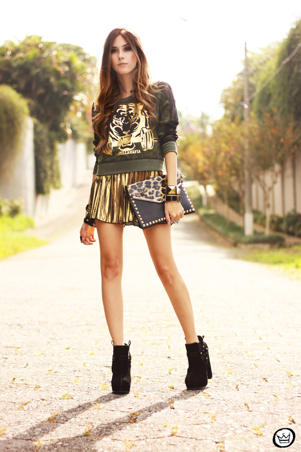 FashionCoolture - 27.05.2013 look du jour Labellamafia pleated golden jumper (8)