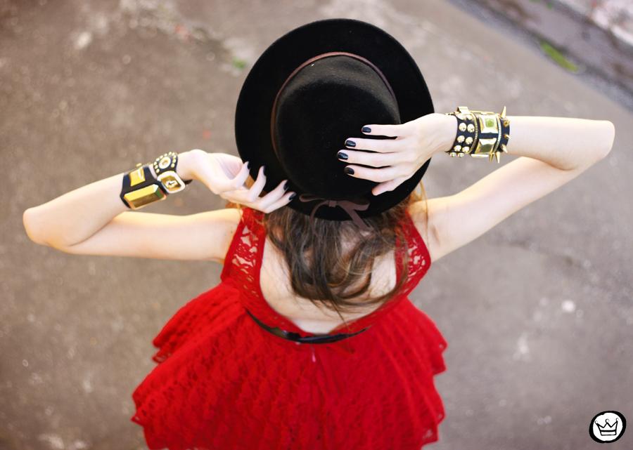 FashionCoolture - Kafé bracelets acessórios golden armparty red (5)