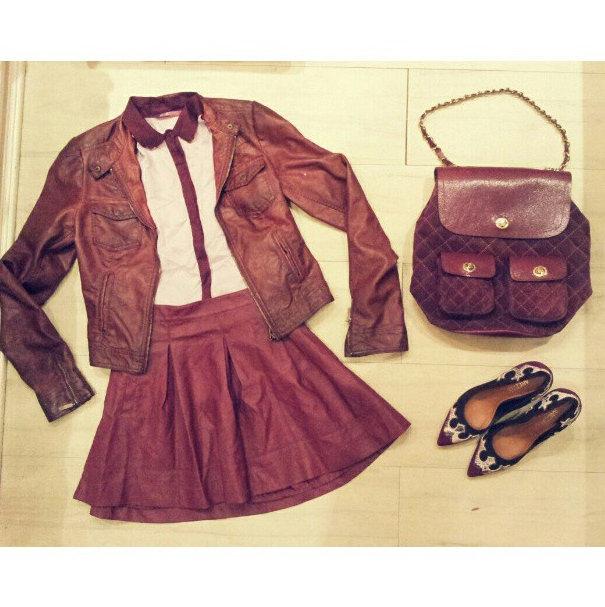 FashionCoolture Instagram burgundy