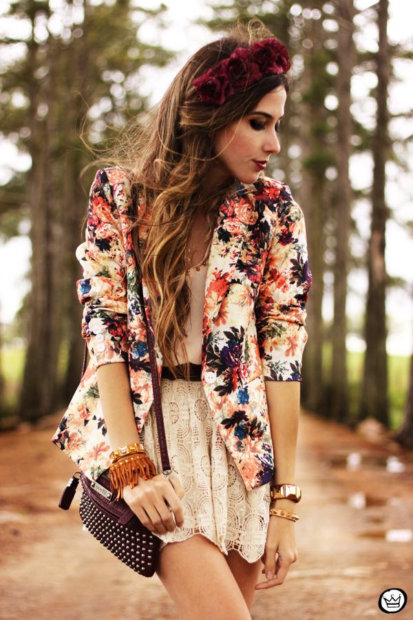 Resultado de imagem para looks com blazer floral