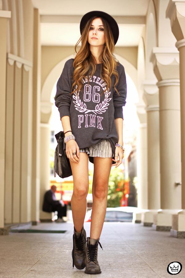 FashionCoolture - 09.10.2013 look du jour VS pink jumper Victorias Secrets (1)