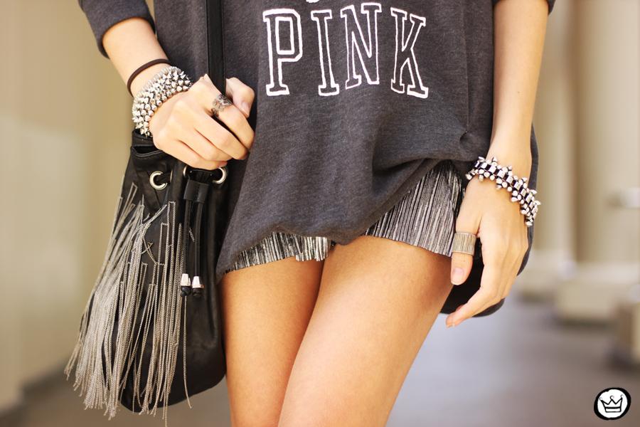 FashionCoolture - 09.10.2013 look du jour VS pink jumper Victorias Secrets (3)