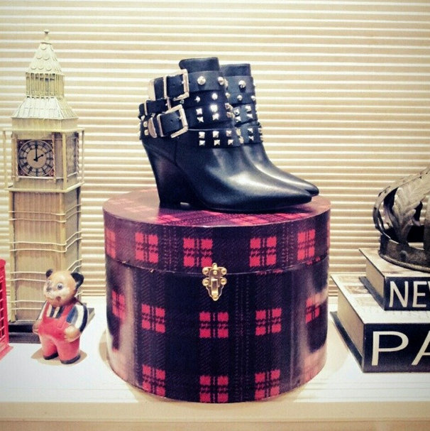FashionCoolture Instagram Santa Lolla